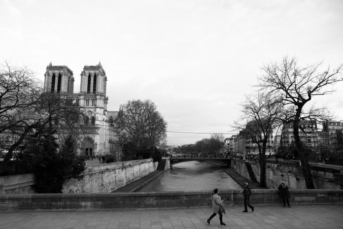 Parisbw-03