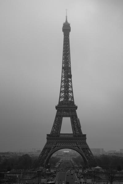 Parisbw-09