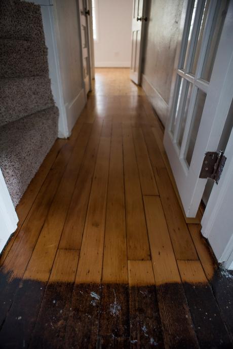 Hallway Floor Contrast 01 sml