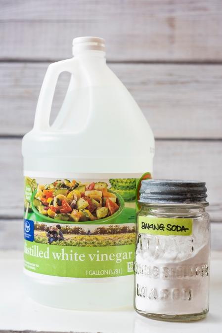 Baking Soda Vinegar 01 sml