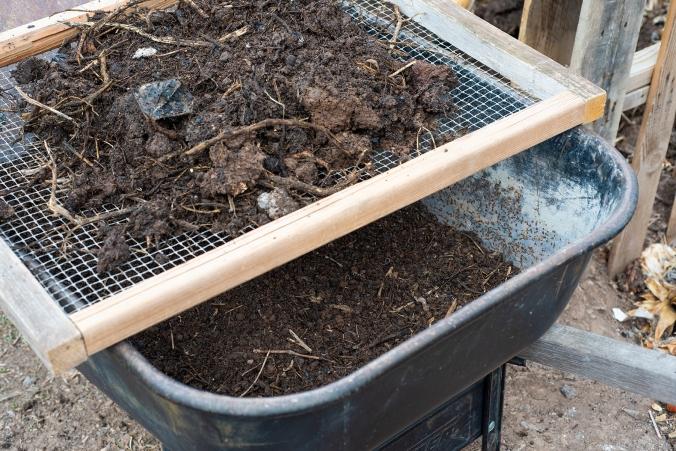 Compost 02 sml